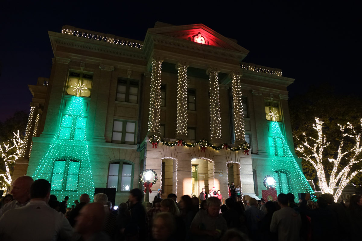 the holiday season begins in georgetown